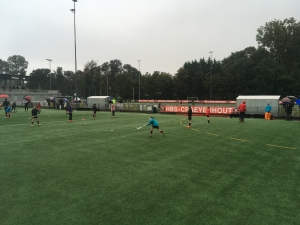 warming-up (in de stromende regen)